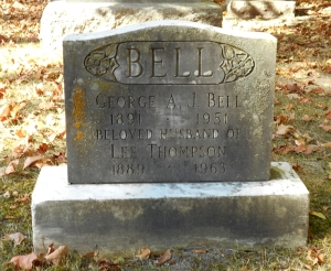 Grave marker for Lee Bell
